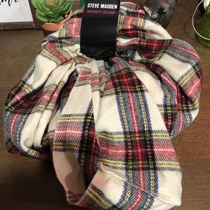 Steve Madden Accessories - Steve Madden infinity women's scarf